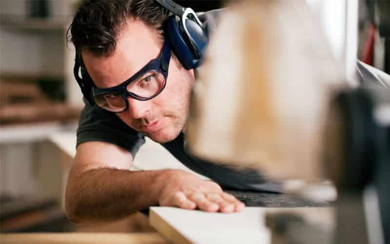en qué contextos usar protección auditiva